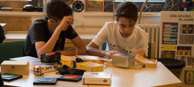 Besuch in der Mathothek – Schüleraustausch mit der deutschen Schule in Kronstadt